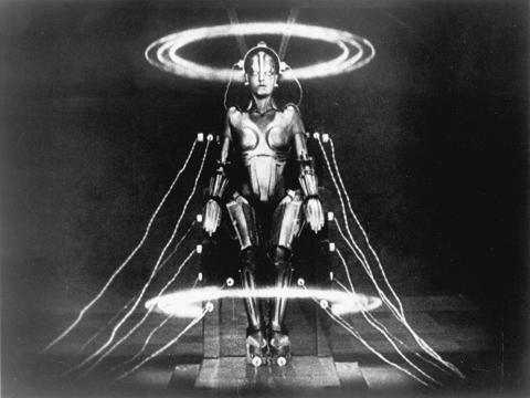 Image of the robot Maria from Fritz Lang's Metropolis.